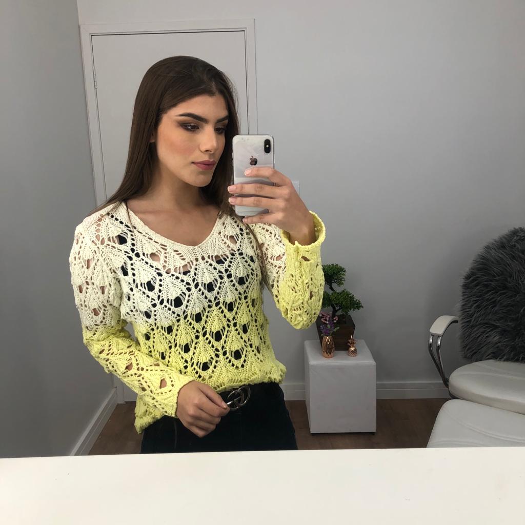 Blusa tie dye rendada